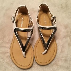 COACH White & Silver Chailey Flat Sandals - Size 5